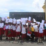 Gelar Polisi Pi Ajar, Binmas Noken Puncak Jaya Hadirkan Semangat Merah Putih Bagi Puluhan Siswa SD Inpres Pagaleme